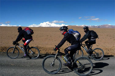 Mountain Biking in Tibet
